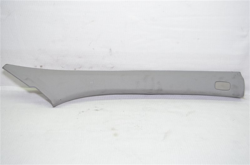 Накладка стойки лобового стекла Opel Astra H 1.6 Z16XER 2007 правая (б/у)