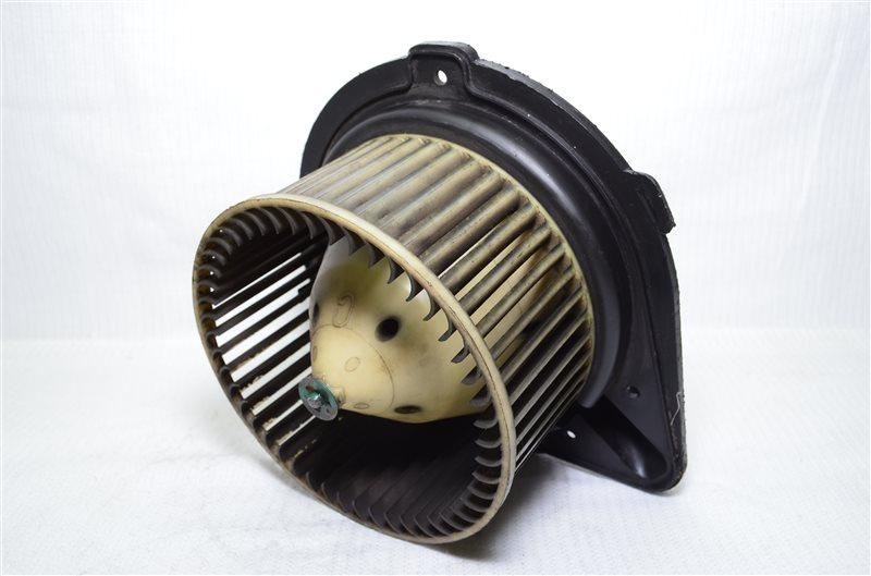 Моторчик печки Volkswagen Passat B3 (б/у)
