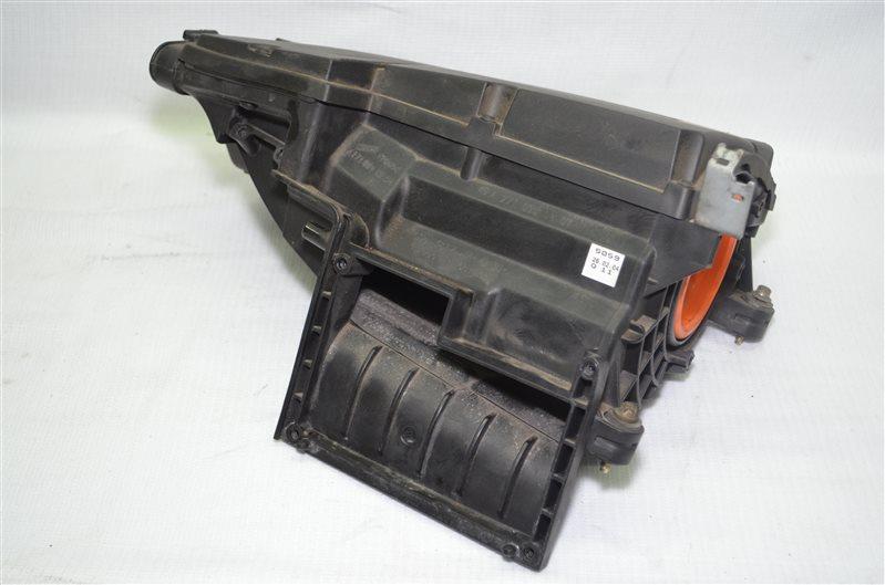 Корпус воздушного фильтра Mercedes C180 W203 1.8 KOMPRESSOR M271.946 2004 (б/у)