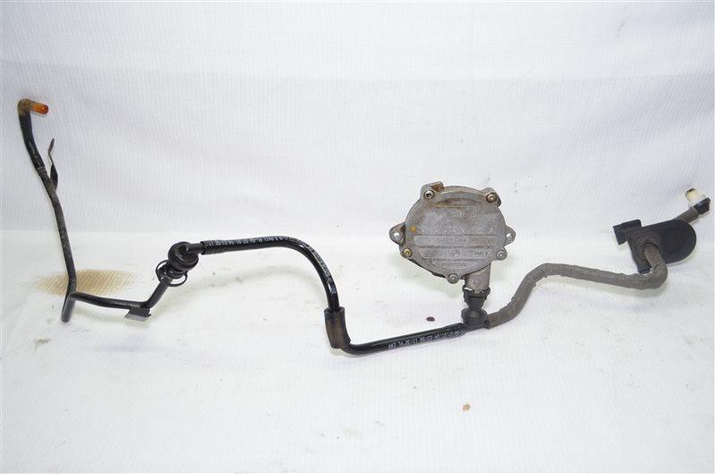 Насос вакуумный с патрубком Mercedes C180 W203 1.8 KOMPRESSOR M271.946 2004 (б/у)