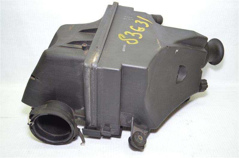 Корпус воздушного фильтра Bmw 523 E39 2.5 M52B25 1999 (б/у)