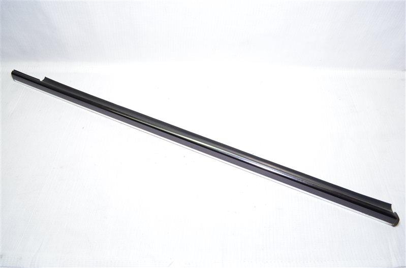 Уплотнитель стекла двери Mercedes C180 W203 1.8 KOMPRESSOR M271.946 2004 (б/у)