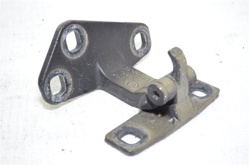 Петля крышки багажника Bmw X5 E53 3.0 M54B30 2003 (б/у)
