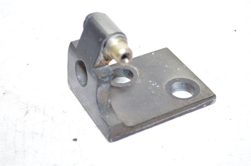 Крепление двери Bmw X5 E53 3.0 M54B30 2003 переднее левое нижнее (б/у)