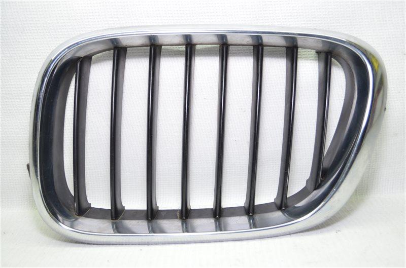 Решетка радиатора ноздри Bmw X5 E53 3.0 M54B30 2003 левая (б/у)