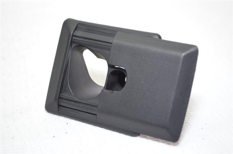 Заглушка потолка Bmw X5 E53 3.0 M54B30 2003 передняя левая (б/у)