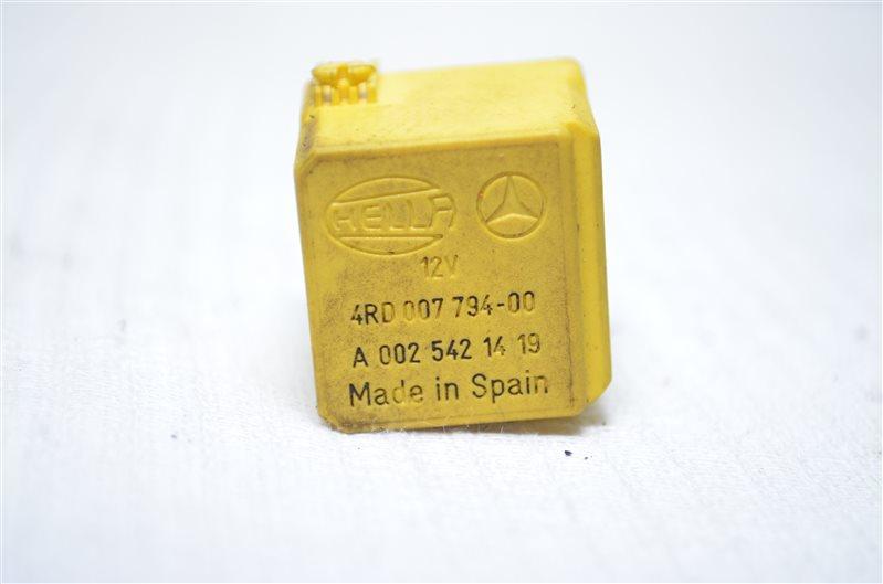 Реле электронной системы Mercedes C180 W203 1.8 KOMPRESSOR M271.946 2004 (б/у)