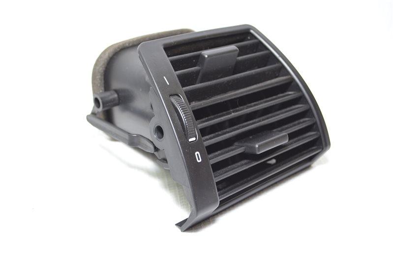 Дефлектор Bmw X5 E53 3.0 M54B30 2003 правый (б/у)
