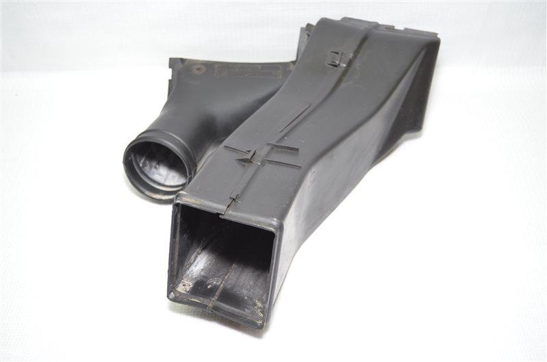Воздуховод генератора Bmw X5 E53 3.0 M54B30 2003 (б/у)