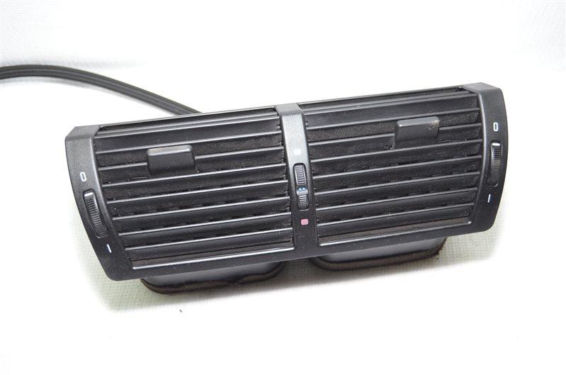 Дефлектор центральный Bmw X5 E53 3.0 M54B30 2003 (б/у)