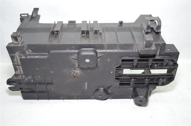 Крышка (полка) аккумулятора Mercedes C180 W203 1.8 KOMPRESSOR M271.946 2004 (б/у)