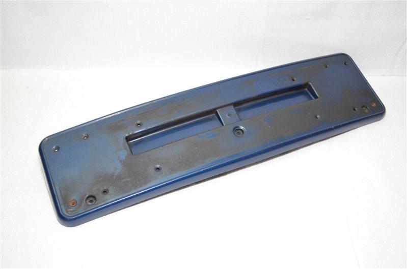 Накладка бампера под номер Bmw 325 E46 2.5 M54B25 2001 (б/у)