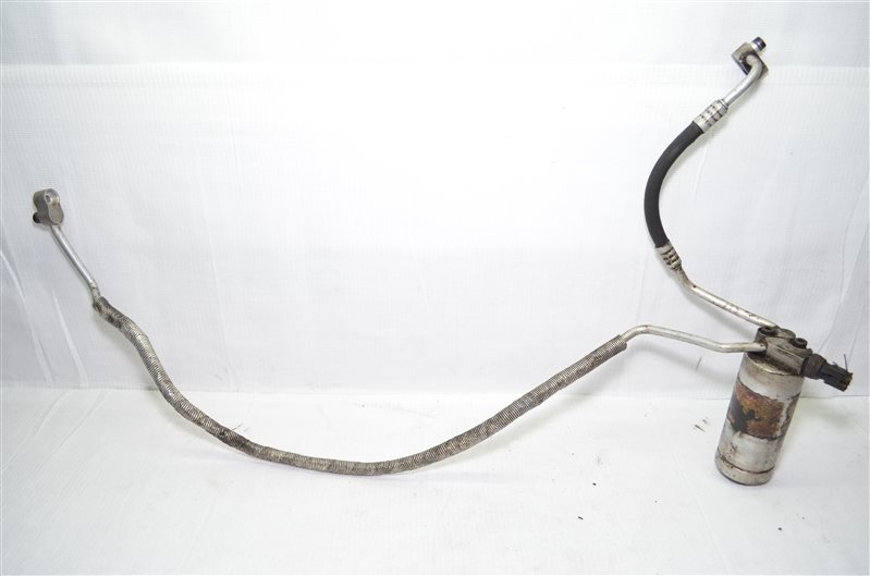 Осушитель кондиционера с патрубками Bmw 325 E46 2.5 M54B25 2001 (б/у)