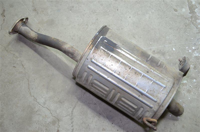 Банка глушителя Honda Civic 7 1.4 (б/у)