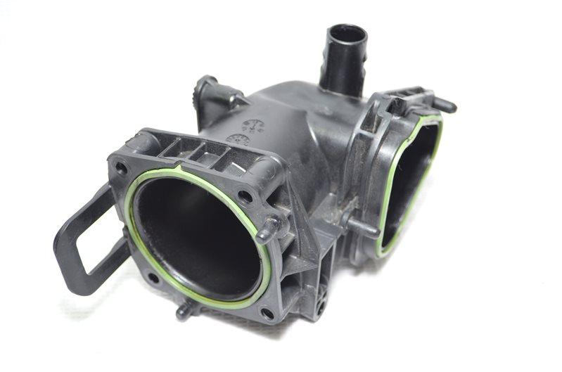 Патрубок воздушного фильтра Volkswagen Jetta 5 1 (б/у)