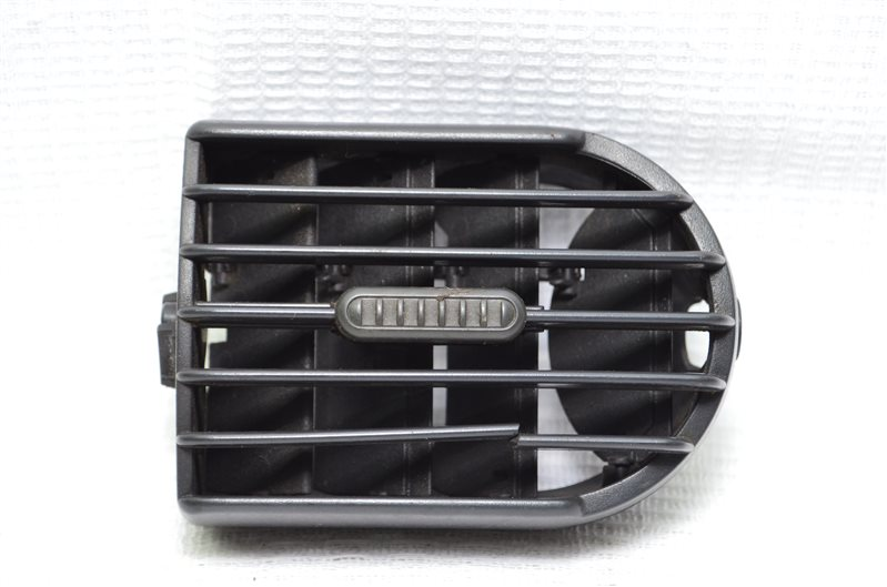 Дефлектор воздуховод Opel Corsa C 1.2 Z12XE 2001 (б/у)