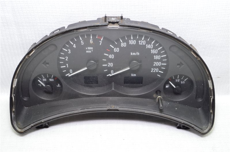 Панель приборов Opel Corsa C 1.2 Z12XE 2001 (б/у)