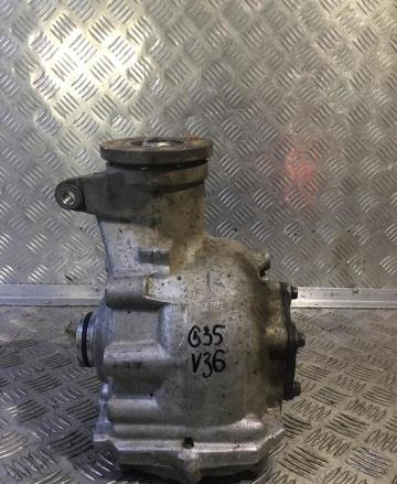 Редуктор Infiniti G35 V36 2006 передний (б/у)