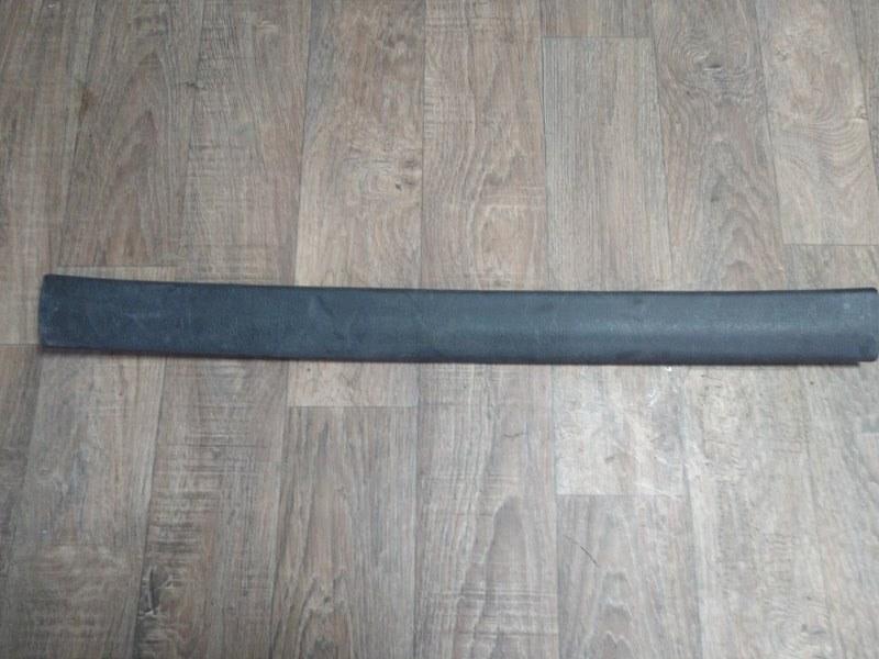 Молдинг стекла Тагаз Тагер MB M161 2008 задний левый (б/у)