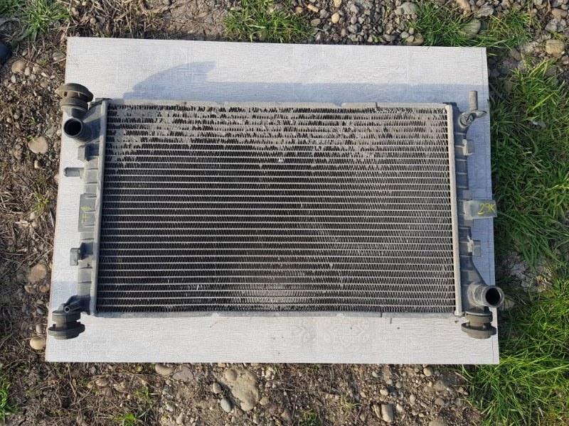 Радиатор двигателя Ford Focus 1 DFW EYD 1998 (б/у)