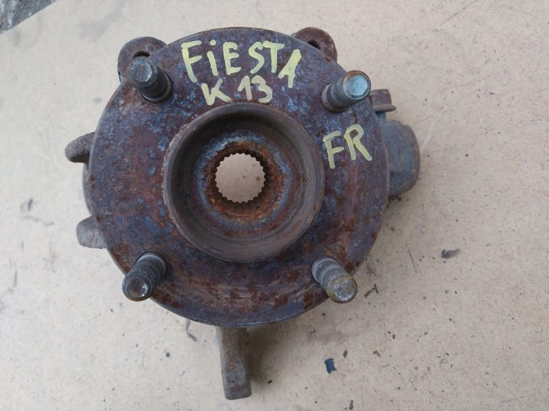 Ступица Ford Fiesta 5 CBK FXJA 2002 передняя правая (б/у)