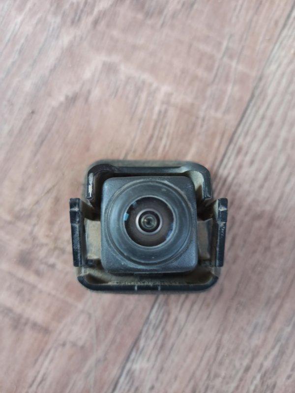 Камера заднего вида Renault Duster HS 2015 (б/у)