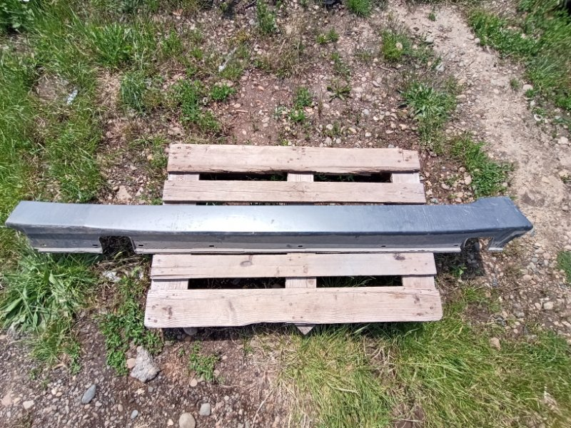 Порог пластиковый Bmw 545I E60 2002 левый (б/у)