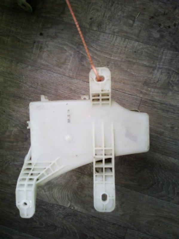 Бачок омывателя лобового стекла Chevrolet Aveo СЕДАН B12D1 2005 (б/у)