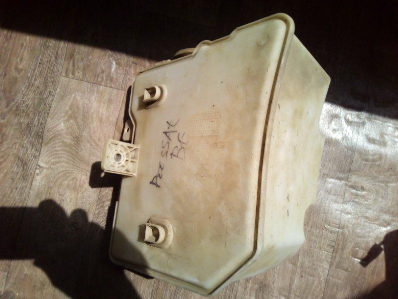 Бачок омывателя лобового стекла Volkswagen Passat B6 CDAB 2005 (б/у)