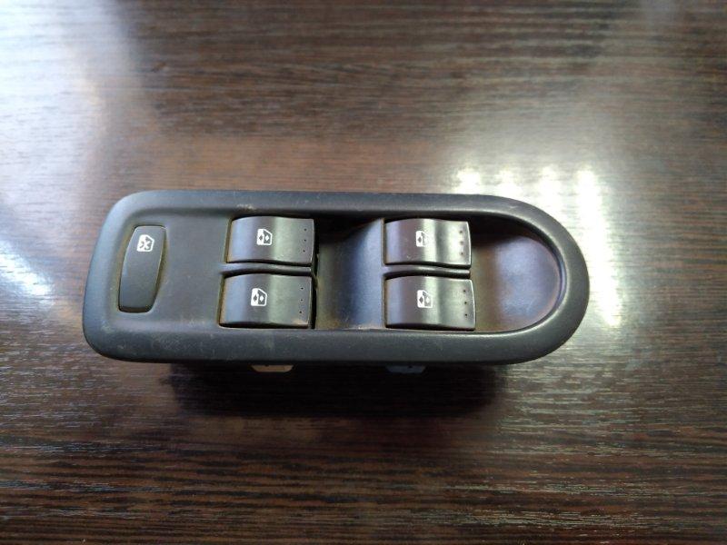 Блок управления стеклоподъемниками Renault Duster 2010 передний левый (б/у)
