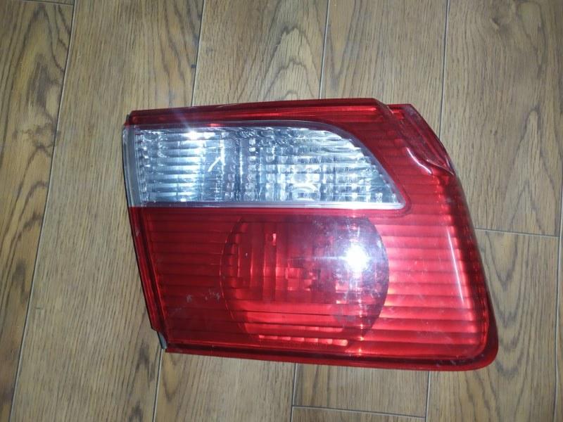 Фонарь внутренний Mazda Capella GF 1999 задний левый (б/у)