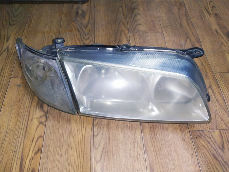 Фара Mazda Capella GF 1999 передняя правая (б/у)