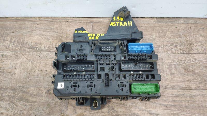Блок предохранителей салонный Opel Astra H Z13DTH 2004 (б/у)