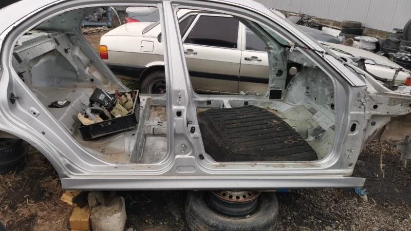Порог со стойкой Hyundai Sonata EF G4JP 1998 правый (б/у)