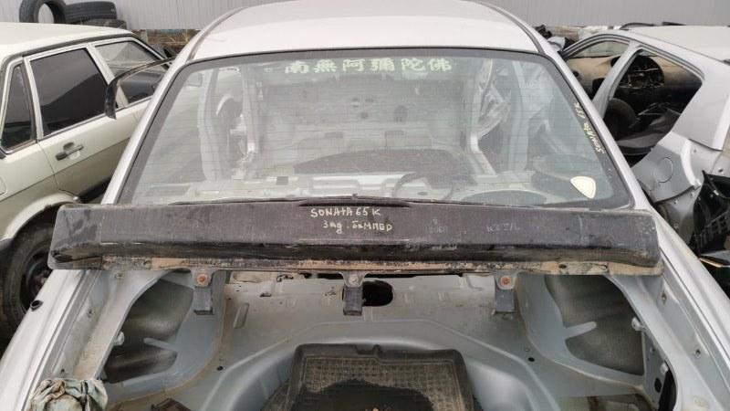 Стекло лобовое Hyundai Sonata EF G4JP 1998 (б/у)