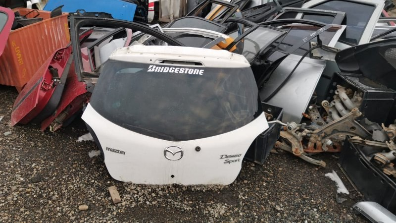 Крышка багажника Mazda Demio DE5FS ZY-VE 2007 (б/у)