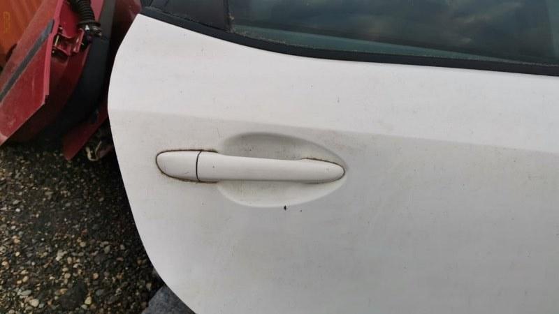 Ручка двери внешняя Mazda Demio DE5FS ZY-VE 2007 задняя правая (б/у)