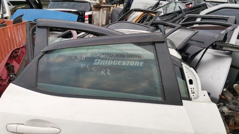 Стекло двери опускное Mazda Demio DE5FS ZY-VE 2007 заднее правое (б/у)
