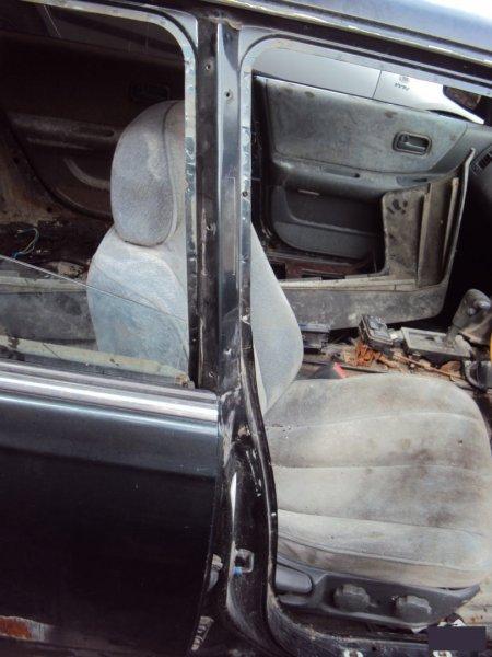 Стойка кузова Nissan Laurel HC34 RB20E правая (б/у)
