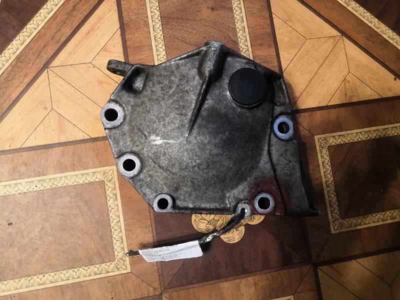 Кронштейн опоры двигателя Renault Logan K7M (б/у)