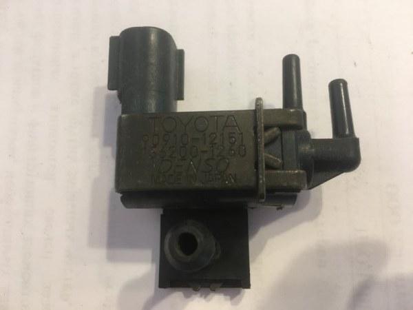 Вакуумный клапан Toyota Allex/allion/alphard/altezza/altezza Gita/aristo/auris/avalon/avensis/bb/bb Open (б/у)