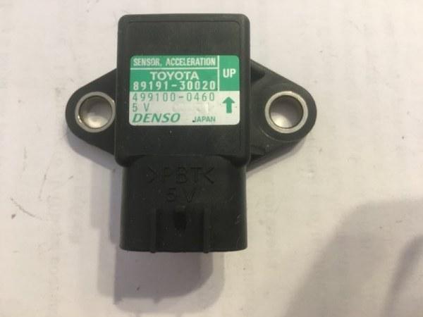Датчик замедления Toyota Alphard ANH10 1UZFE (б/у)
