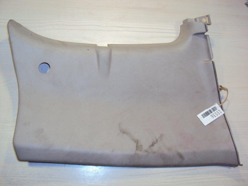 Обшивка багажника Mitsubishi Delica (б/у)