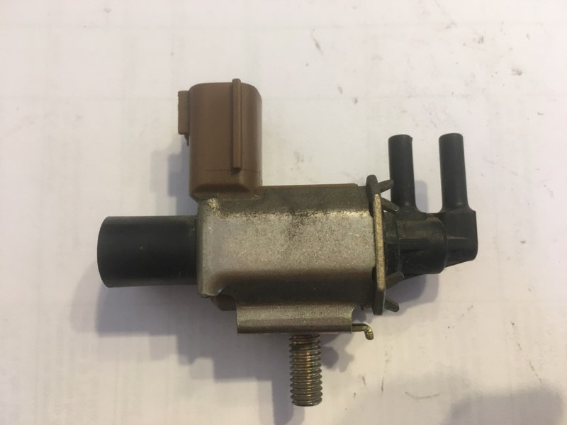 Вакуумный клапан Mazda Axela BKEP LFDE (б/у)