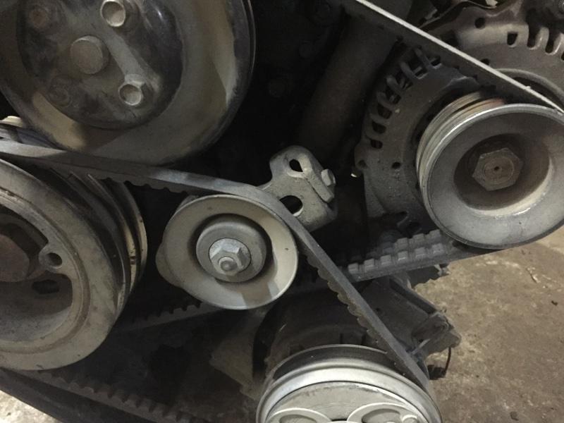 Натяжитель Mazda Bongo Frendee WLT (б/у)
