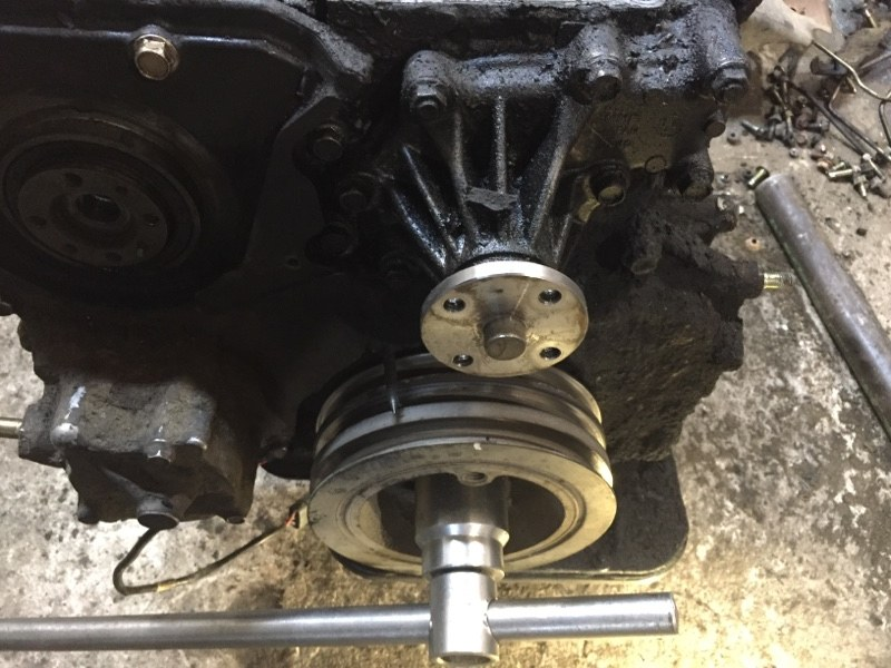 Помпа Mazda Bongo Frendee WLT (б/у)