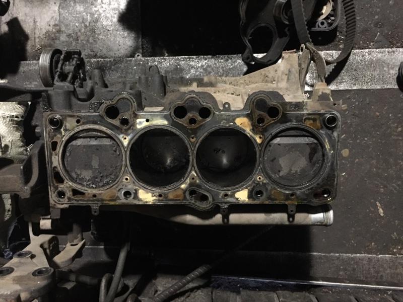 Блок цилиндров Hyundai Tucson G4GC (б/у)