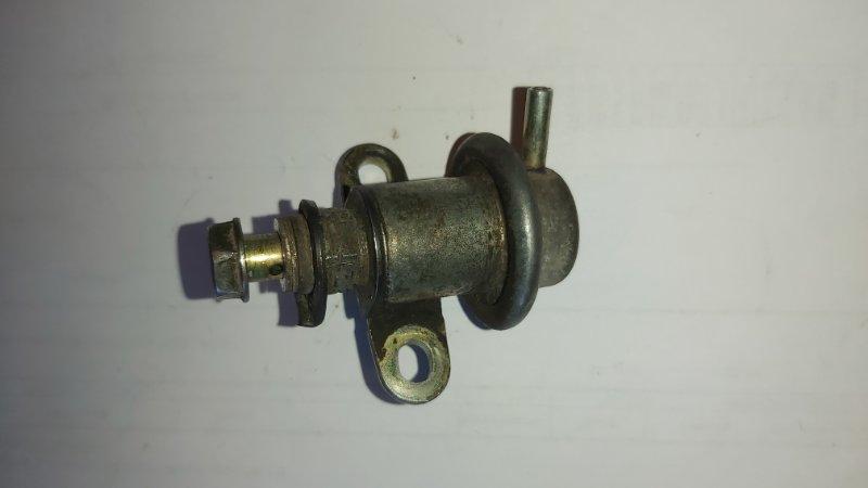 Регулятор давления топлива Toyota Caldina ST190 4AFE (б/у)