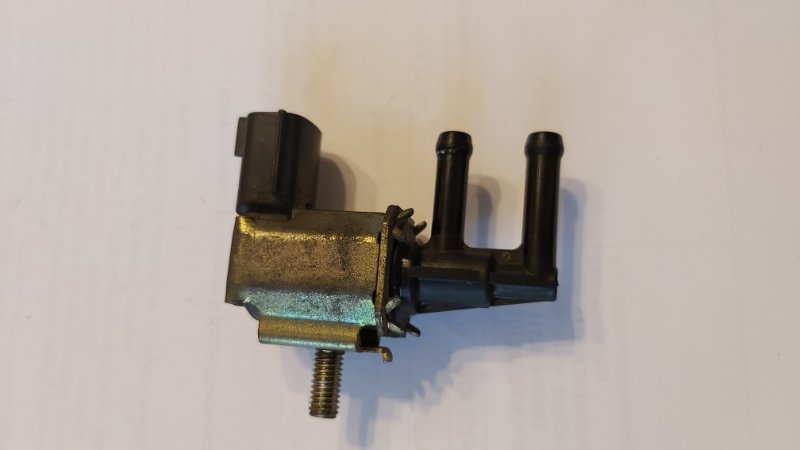 Вакуумный клапан Nissan Sunny FB15 M9R (б/у)