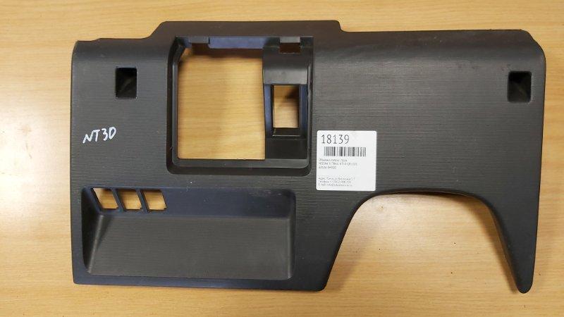 Обшивка салона Nissan X-Trail NT30 QR20DE правая (б/у)
